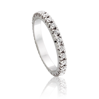 Claw Settings Also Known As Prong Are One Of The Most Popular Ways Setting Diamonds For Engagement And Wedding Rings
